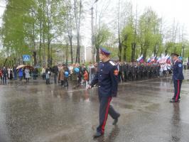 Исполнительная власть в строю 9 мая 2012 года.