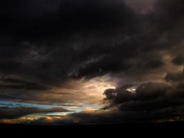 """"""" Кочуют облака по небосводу...."""""""