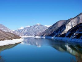 Озеро Ананури.Цинвалис