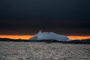 Айсберг на Закате.