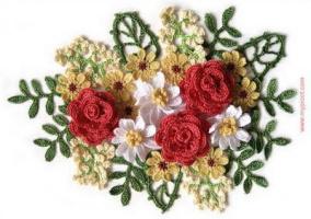 Вязанный букет роз