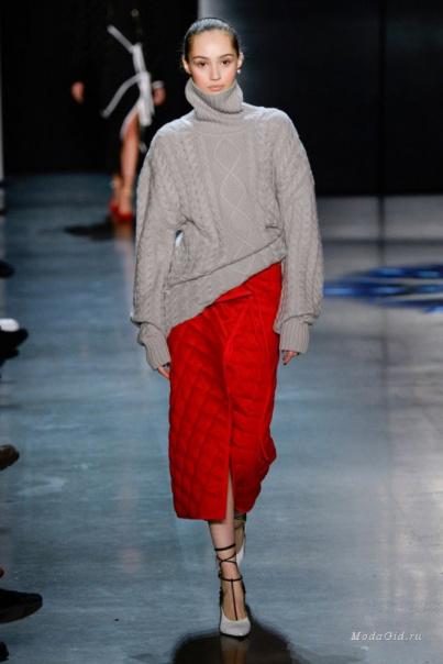15974255a99 Самый модный дуэт зимы 2018-2019  свитер + юбка ...