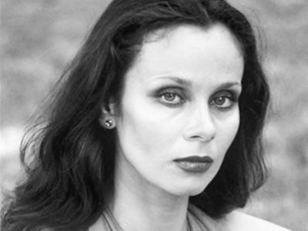 Декольте Любови Полищук – 31 Июня (1978)