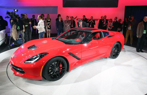Первый Corvette Stingray продали на аукционе