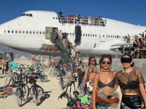 Фотографии с Burning Man 2019