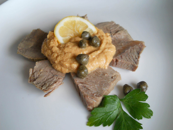 Вителло тоннато (Vitello tonnato)