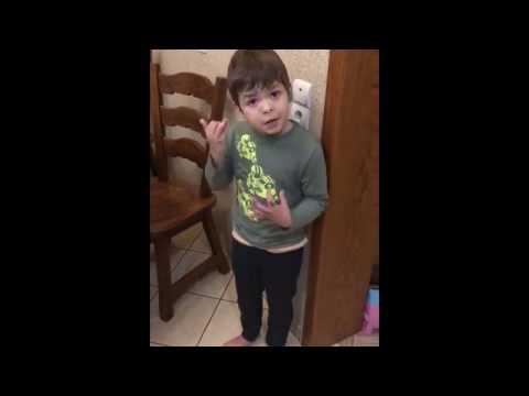 6-летний Илюша в шоке от пос…