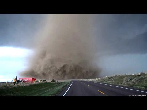 Пять самых страшных торнадо в мире!