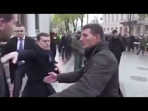 """""""За Иловайск ответишь, твари…"""
