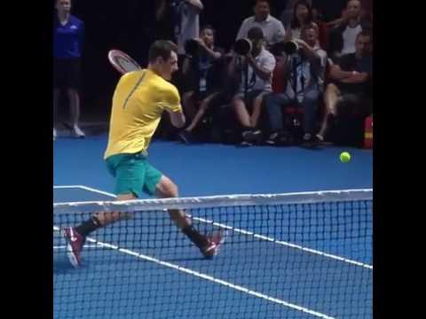 Неожиданный поворот в теннисе