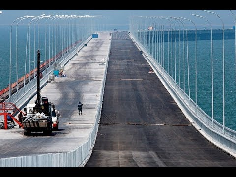 ✔ Французы высмеяли панику Украины и США по поводу строительства Крымского моста