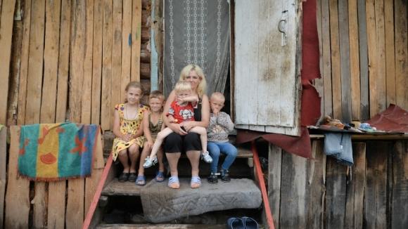 Картинки по запросу нищие дети в россии картинки