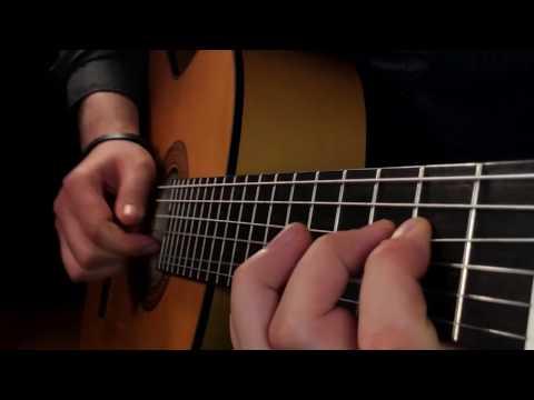 Джордж Майкл играет на гитар…
