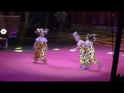 Маленькие циркачки из Ижевск…