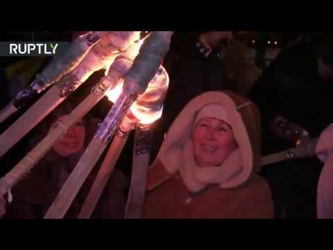 В лучших традициях третьего рейха: факельное шествие против советских солдат в Киеве