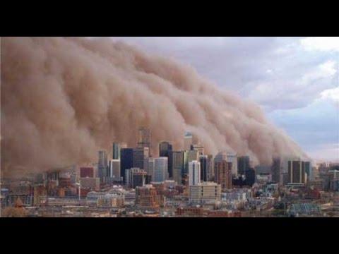 Ужасающий шторм в Абу-Даби. …