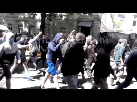 Марши нацистов в Украине и о…