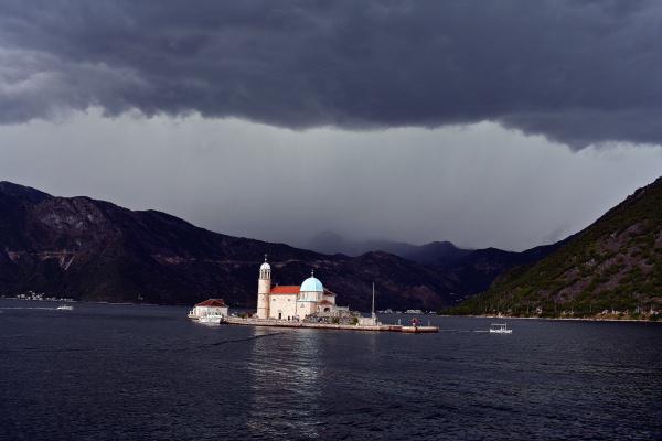 остров Госпа-од-Шкрпьела