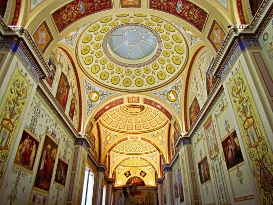 Потолки Соборов, дворцов и музеев Москвы и Питера (Серия)