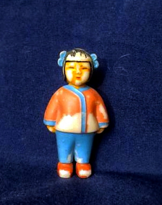 Старенькая куколка - китаянка 60-х годов, в которую еще играла я.