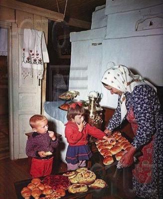 К бабушке на пирожки!