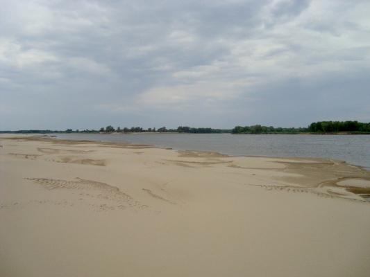 Золотые пески астраханской области.