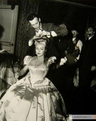 """Лана Тернер на съемках фильма """"Три мушкетера"""" 1948 год."""