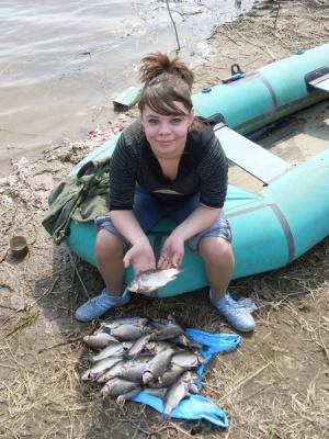 Рыбачка Вика:)