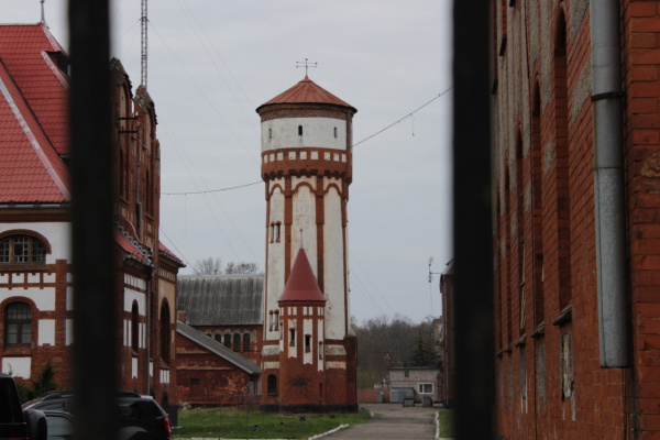 Башня, просто башня...