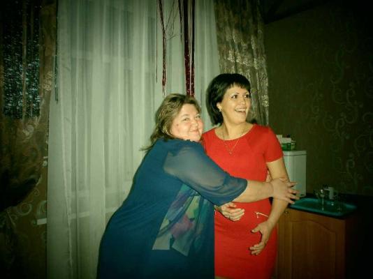 Надя Леонид
