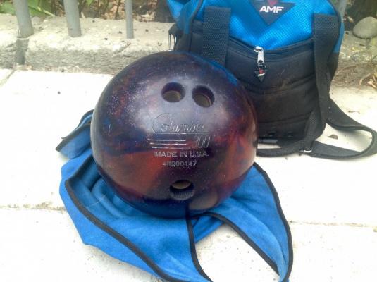Боулинг.Мяч для боулинга