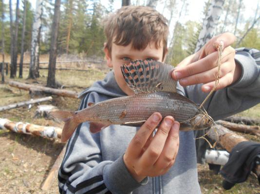 Поймал Никита рыбку!