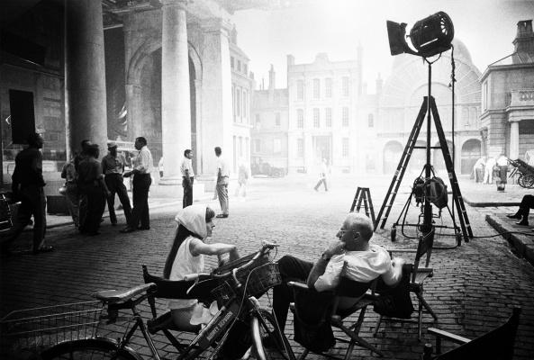 Одри Хепберн и режиссер Джордж Кьюкор во время съемок фильма «Моя прекрасная леди».