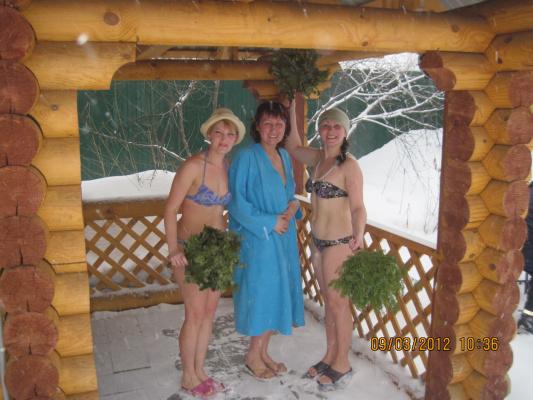 8марта-баня для дам.