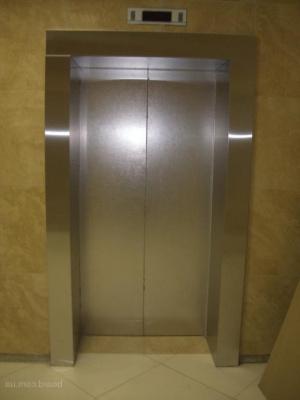 Когда и где появился первый лифт?