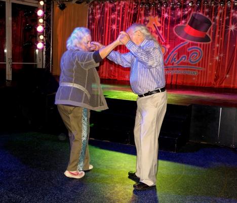 Танец для двоих! (+ 1 снимок)