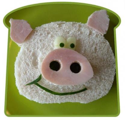 Если ваш ребенок отказывается от еды, такие сэндвичи будут очень кстати! :-)
