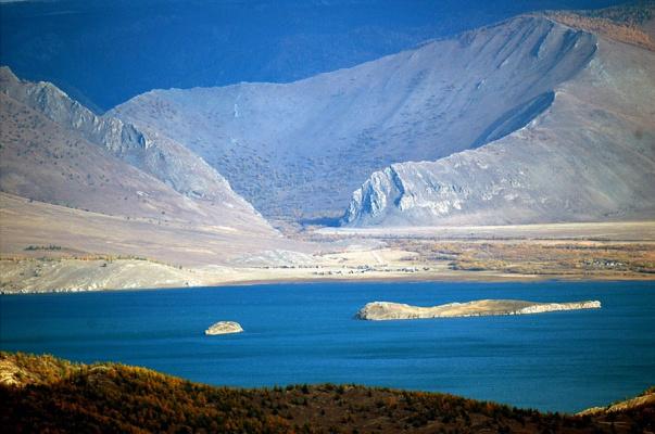 WellkomBaikal.RU - Отдых на Байкале Большой и малый тойнак на фоне долины Сармы