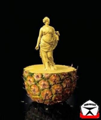"""Ананас. Можно вкусно похудеть! Самое ценное в ананасе содержится в сердцевине (""""сжигатель"""" жира - бромелайн)."""