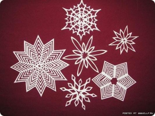 Снежинки из бумаги -2