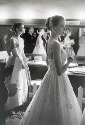 Одри Хепберн и Грейс Келли за кулисами Оскара 1956