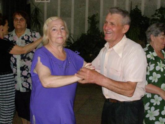 Давайте, Клава, потанцуем!