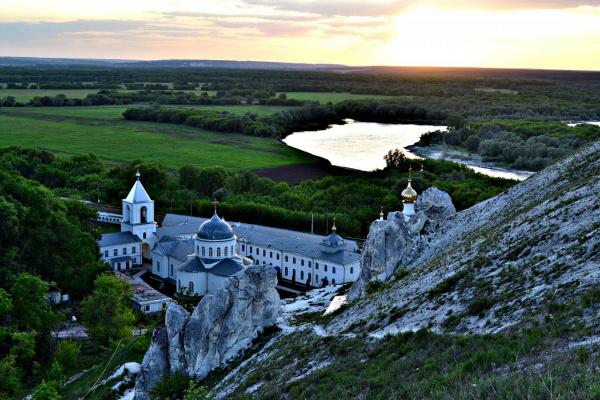 монастырь дивногорье
