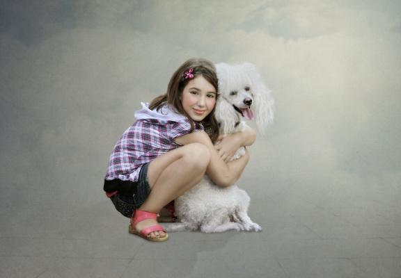 Девочка и пудель