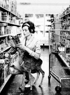 Одри Хепберн с олененком