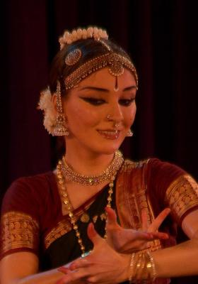 Bharatanatyam-Indian Classical Dance performed by Alisa Afanasyeva
