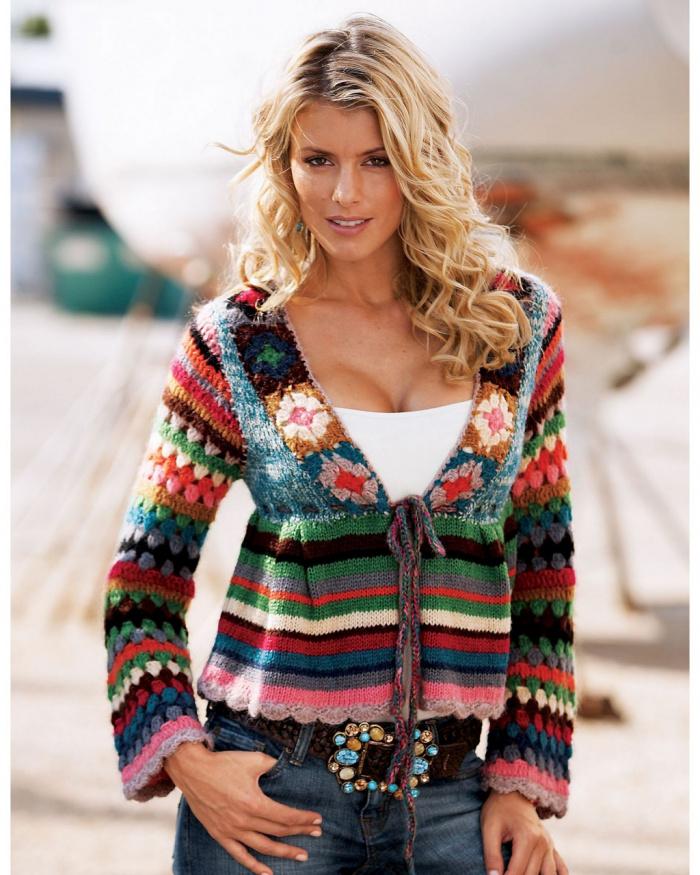 разноцветная кофта крючком для женщины
