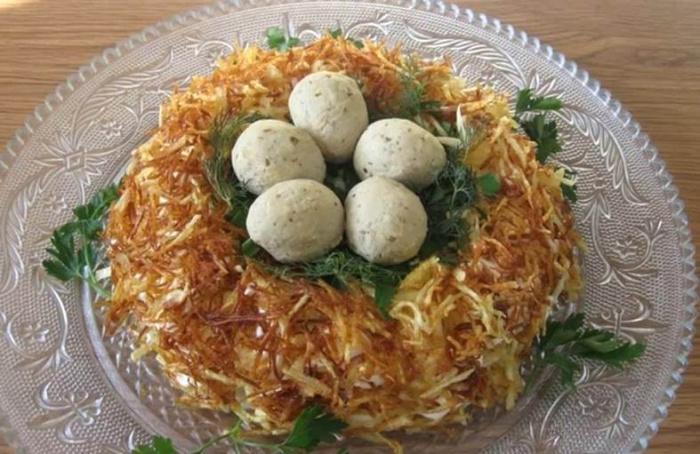 Гнезда глухаря салат с фото пошагово