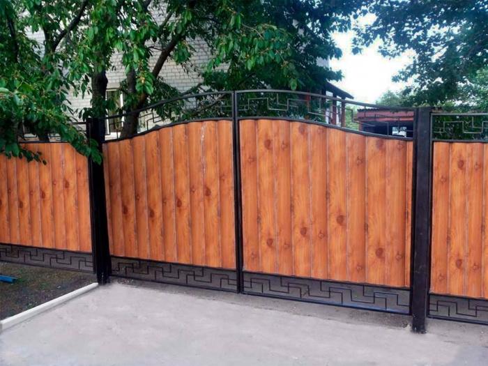Ворота из блокхауса