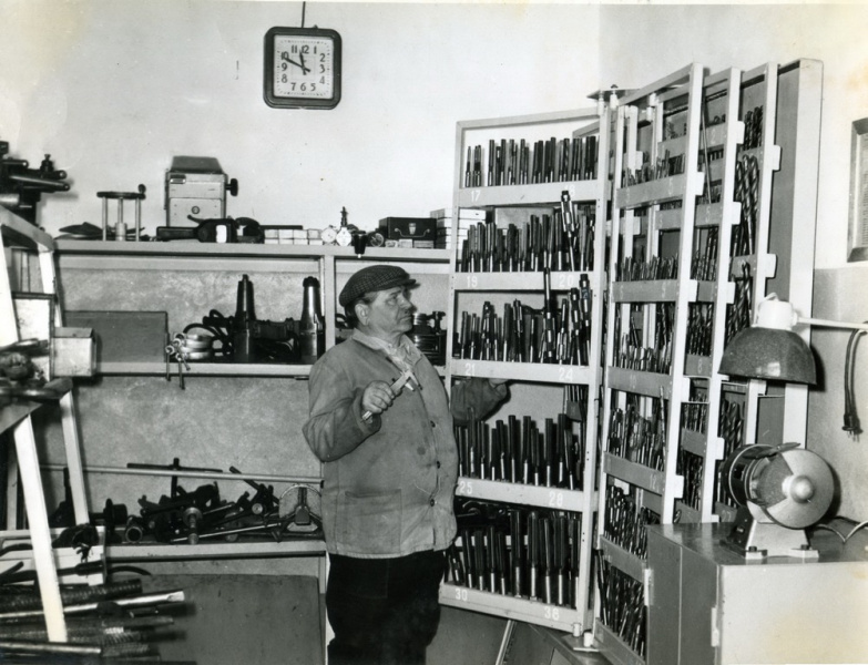 В инструментальном складе. 1980-е годы.